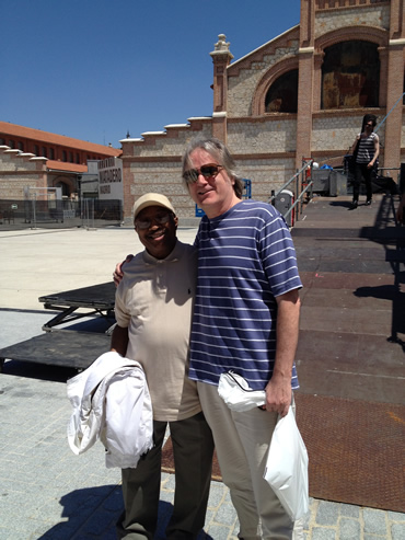 Madrid, May 17, 2014. Soul great Swamp Dogg, 72 years young, meets the founder of alt-country at Swamp's Soundcheck.